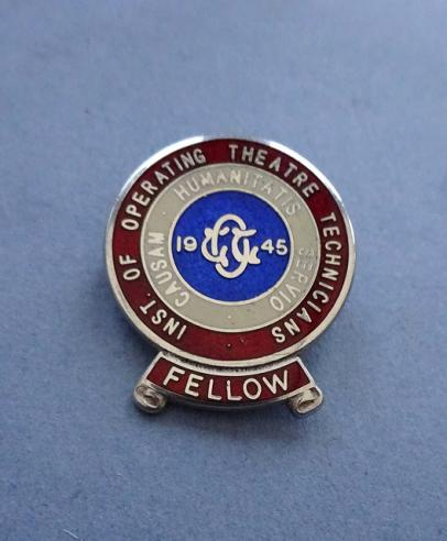 Institute of Operating Theatre Technicians,Silver Fellows Badge