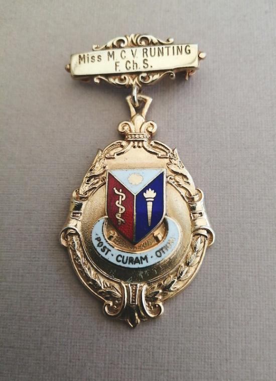 Society of Chiropodists, silver gilt badge 1960s